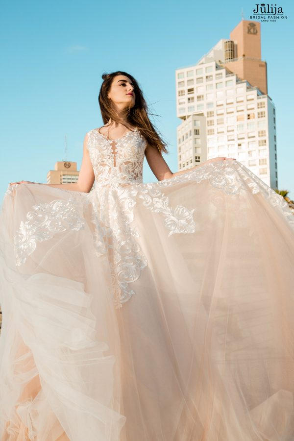 Apbrīnojamas kāzu kleitas 2019