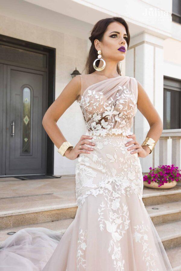 Kvalitatīvas kāzu kleitas 2019