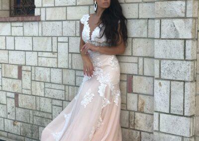 Kāzu kleitas no kāzu salona Jūlija